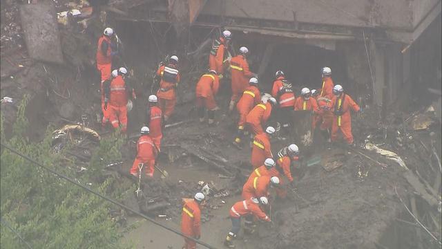 画像: 土石流発生2週間…難航する捜索そのワケは 土砂の土質、地形、梅雨… 静岡・熱海市