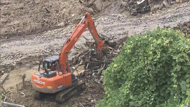 画像: 厳しい暑さの中の捜索続く…22人死亡、6人が行方不明 静岡・熱海市の土石流災害 28日正午