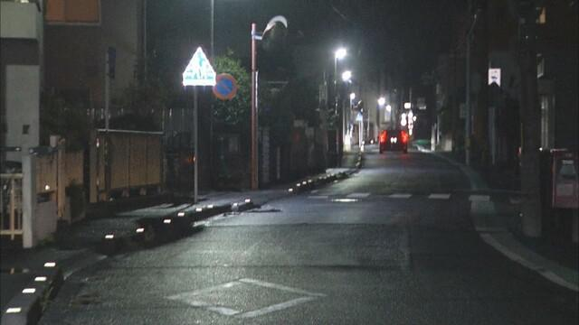 画像: 静岡県三島市の事故現場 13日午後10時過ぎ