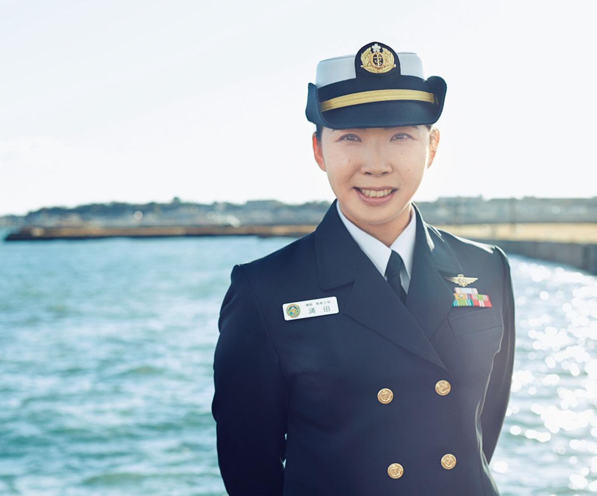 画像: 2007年入隊。鹿屋航空基地隊、徳島航空基地隊、下総航空基地隊などでの航空管制業務を経て2020年4月より現職