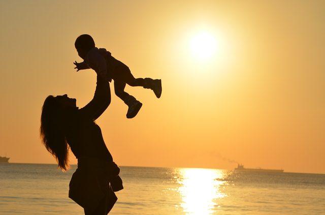 画像: 母親が娘に持つ妬みの連鎖を断ち切るために - LAWRENCE(ロレンス) - Motorcycle x Cars + α = Your Life.