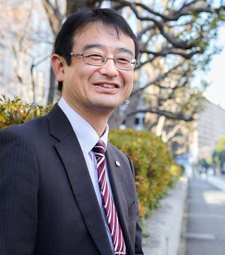 平野健太郎氏
