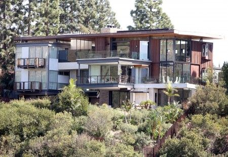 Justin Bieber's new $10 million dollar Hollywood Hills home, LA