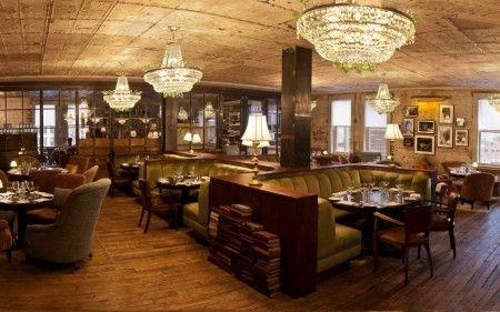この日2人が訪れたのは、NYのおしゃれエリア、ミート・パッキング地区にあるホテルSOHOハウス内のセレブ御用達レストラン。季節の素材を活かした上品なアメリカン・イタリアン料理が評判。