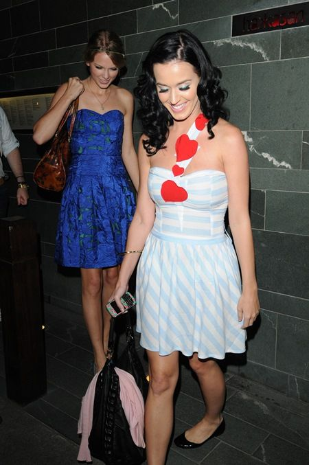 Taylor Swift and Katy Perry having dinner in London