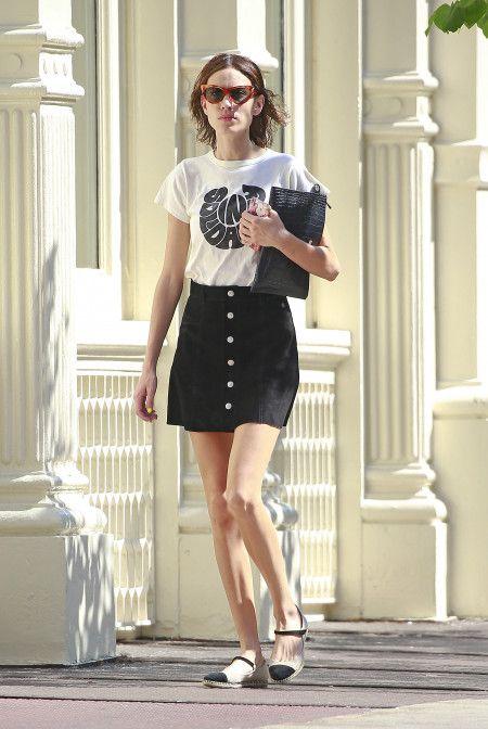 アレクサ・チャン Alexa Chung  ファッション ボタンダウンスカート
