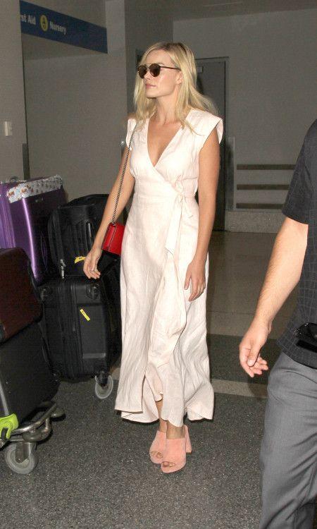 Margot Robbie マーゴット・ロビー 来日 ファッション 成田空港 スーサイド・スクワッド ジャパンプレミア LAX