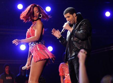 ドレイク リアーナ Drake Rihanna