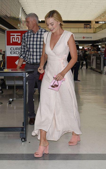 Margot Robbie マーゴット・ロビー 来日 ファッション 成田空港 スーサイド・スクワッド ジャパンプレミア