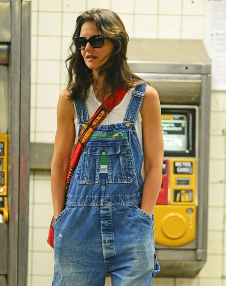 EXCLUSIVE: Katie Holmes rides subway in NYC after dropping off pink-nailed Suri Cruise at home