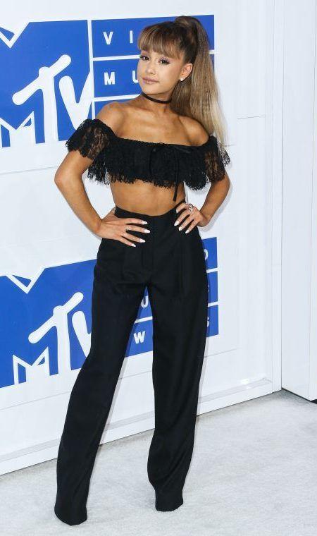 アリアナ・グランデ Ariana Grande MTV VMA レッドカーペット ドレス