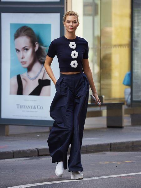カーリー・クロス Karlie Kloss  ファッションウィーク NY モデル ファッション 9月