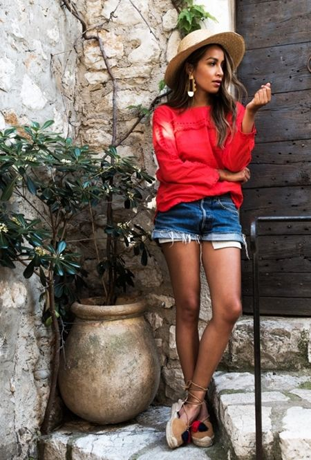 ジュリー・サリナナ JULIE SARIÑANA レースアップシューズ ショートデニム ブロガー ファッション