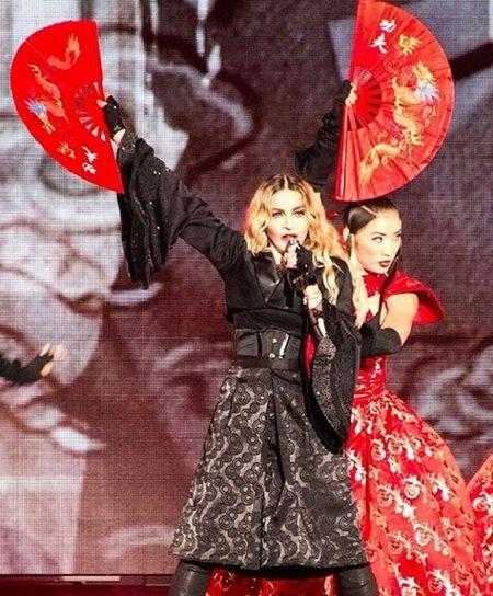 Ai Shimatsu 島津藍 ビヨンセ バックダンサー フォーメーションツアー Formation Tour 2016 マドンナ Madonna ダンサー