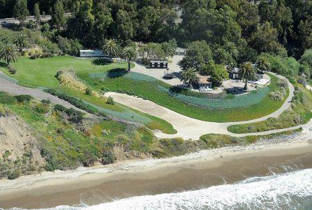 アンジェリーナ・ジョリー Angelina Jolie ブラッド・ピット Brad Pitt 豪邸 カリフォルニア サンタバーバラ