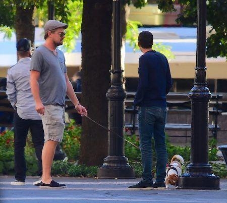Leonardo Dicaprio  レオナルド・ディカプリオ NY 犬 散歩