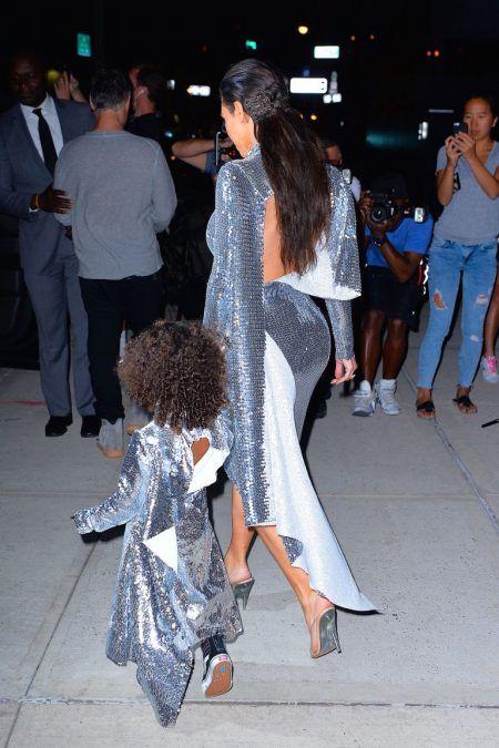 キム・カーダシアン Kim Kardashian ノース・ウェスト North West ファッション
