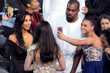 キム・カーダシアン Kim Kardashian カニエ・ウェスト Kanye West MTV VMA