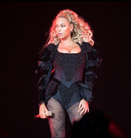 ビヨンセ Beyonce フォーメーションツアー 最終公演 LFL By Lush For Life ベルベットブーツ お手ごろ価格
