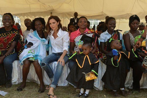UNAIDS ヴィクトリア・ベッカム ブルックリン・ベッカム Victoria Beckham Brooklyn Beckham