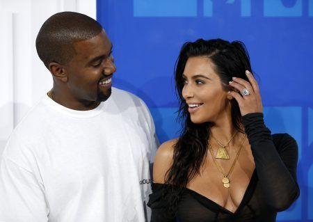 カニエ・ウェスト Kanye West キム・カーダシアン Kim Kardashian 指輪