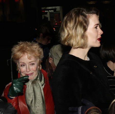 ホランドはいつもインタビューやSNSで、サラを「美しい」「素晴らしい女優」などと褒め称えている。