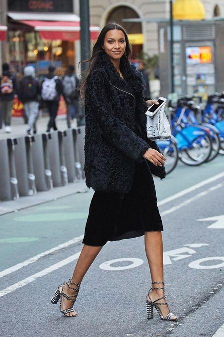 ライス・リベイロ Lais Ribeiro  フィッティング NY 衣装の試着 ヴィクトリアズ・シークレット Victoria's Secret ヴィクシー エンジェル