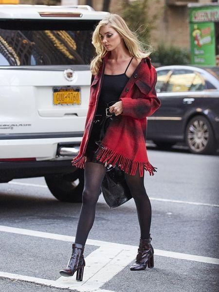 エルザ・ホスク Elsa Hosk  フィッティング NY 衣装の試着 ヴィクトリアズ・シークレット Victoria's Secret ヴィクシー エンジェル