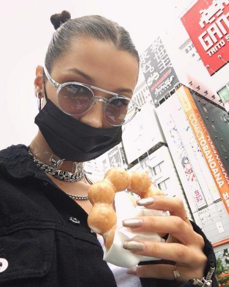 ベラ・ハディッド Bella Hadid 東京 来日 ポン・デ・リング おやつ