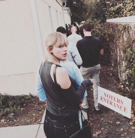 テイラー・スウィフト Taylor Swift アメリカ 大統領選挙 投票