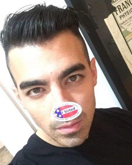 ジョー・ジョナス Joe Jonas アメリカ 大統領選挙 投票