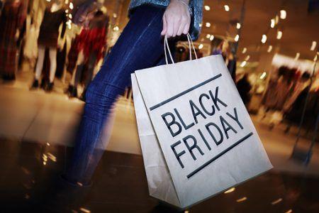 ブラックフライデー 買い物 ショッピング