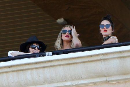 ケンダル・ジェナー クロエ・カーダシアン Kendall Jenner Khloe Kardashian