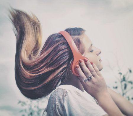 ストレス軽減ソング ヘッドホン
