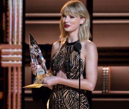 テイラー・スィフト Taylor Swift