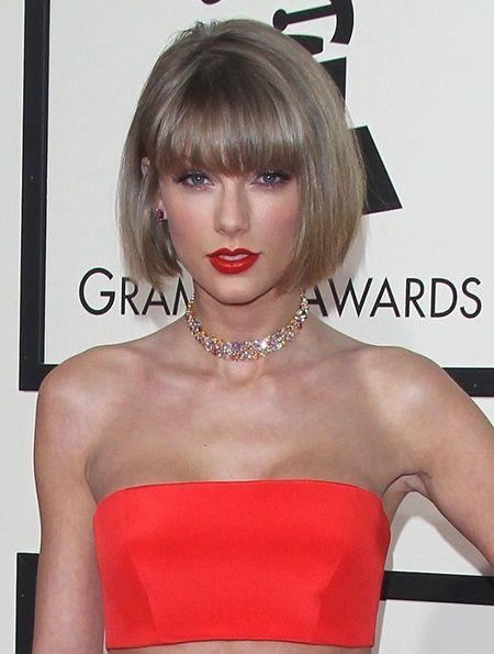 テイラー・スウィフト Taylor Swift ビューティシークレットビューティシークレット メイク