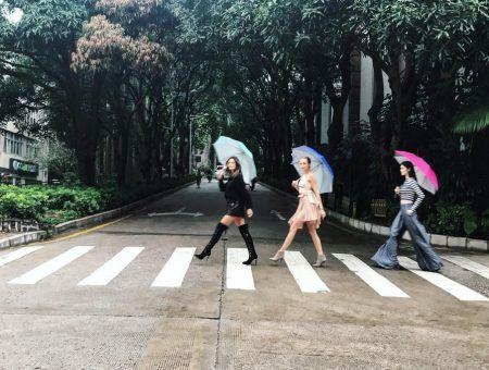 ヴィクトリアズシークレット ヴィクシー モデル ジョセフィン・スクライヴァ― スイ・へ アレッサンドラ・アンブロジオ 中国