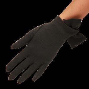 画像: 日本でも買える!キャサリン妃が愛用するイギリス王室愛用手袋で冬対策