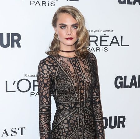 HOLLYWOOD, LOS ANGELES, CA, USA - NOVEMBER 14: Cara Delevingne arrives at the Glamour Women Of The Year 2016 held at NeueHouse Hollywood on November 14, 2016 in Hollywood, Los Angeles, California, United States. (Photo by Xavier Collin/Image Press/Splash News) Pictured: Cara Delevingne Ref: SPL1393794  141116   Picture by: Xavier Collin/Image Press/Splash Splash News and Pictures Los Angeles: 310-821-2666 New York:  212-619-2666 London:    870-934-2666 photodesk@splashnews.com