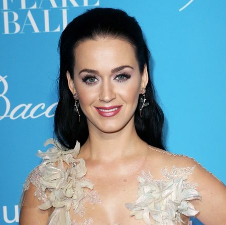 Celebrity Arrivals at the 12th Annual UNICEF Snowflake Ball in NYC Pictured: Katy Perry Ref: SPL1400858  291116   Picture by: Richard Buxo / Splash News Splash News and Pictures Los Angeles: 310-821-2666 New York:  212-619-2666 London:    870-934-2666 photodesk@splashnews.com