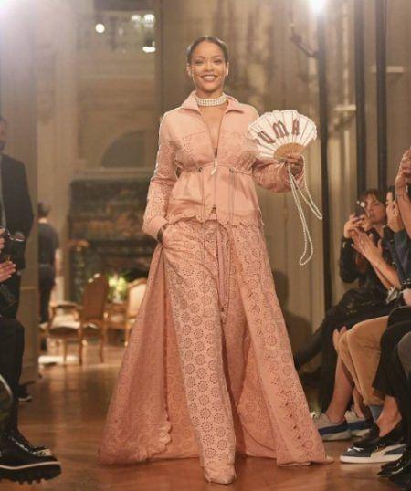 リアーナ Rihanna プーマ Puma コラボ 第2弾 2017年春夏コレクション マリー・アントワネットのジムウェア 発売日 裏側 インタビュー ベルサイユ宮殿 パリコレ