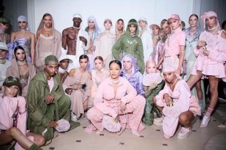 リアーナ Rihanna プーマ Puma コラボ 第2弾 2017年春夏コレクション マリー・アントワネットのジムウェア 発売日 裏側 インタビュー FENTY PUMA by Rihanna フェンティ・プーマ・バイリアーナ