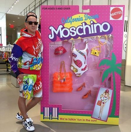 モスキーノ Moschino バービー人形 Barbie コラボ 過去のコラボ集 ブラックバービー ジェレミー・スコット Jeremy Scott 着せ替えオブジェ