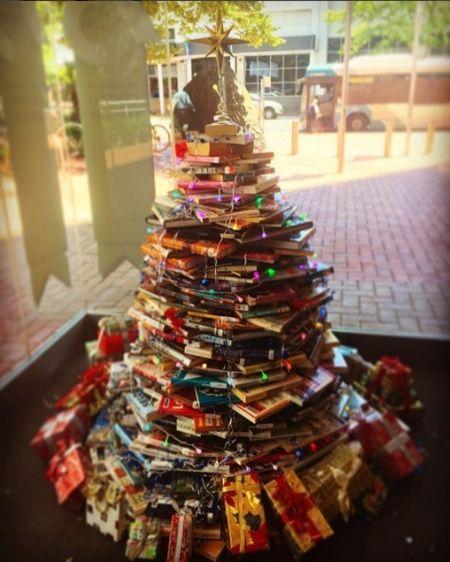 ブックツリー Book Tree クリスマスツリー 本 クリスマス 簡単 可愛い ツリー 海外 2016年
