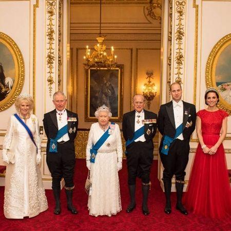 エリザベス女王  Queen Elizabeth イギリス 2016年 総まとめ 総集編 1年振り返り バッキンガム宮殿 外交官 パーティ 12月