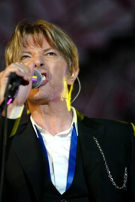 デヴィッド・ボウイ David Bowie  グラミー賞2017 ノミネート 第59回グラミー賞 ノミネート 注目ポイント 天国から受賞