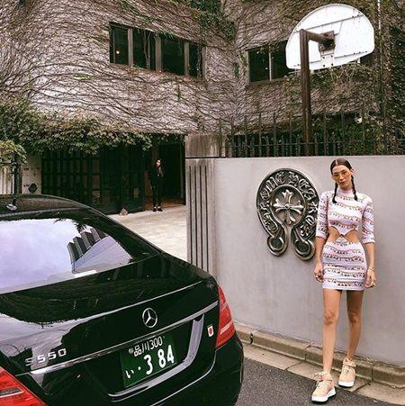 ベラ・ハディッド クロムハーツ Bella Hadid 東京オフィス