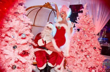 クリスティーナ・アギレラ Christina Aguilera クリスマスツリー 2016