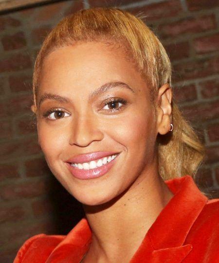 ビヨンセ Beyonce 口紅 ナチュラル