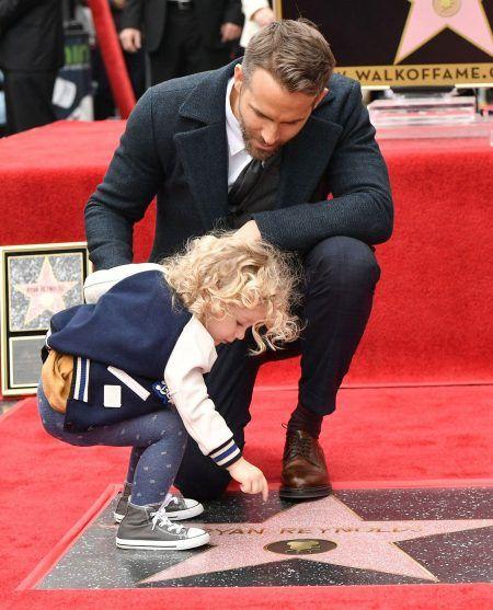 ライアン・レイノルズ ハリウッドの殿堂 Ryan Reynolds 長女 ジェームズ